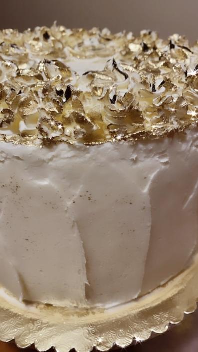 Black & Gold Buttercream Cake