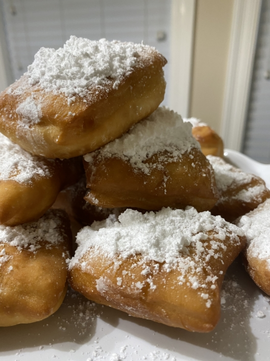 New Orleans Caterer Delivery Breakfast Brunch Events Parties Corporate Wedding Mini Desserts Pastry Baked Goods Beignets Coffee